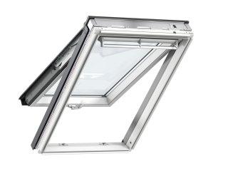 VELUX - GPL MK08 S10W02 - WP top-hung RW, insulated tile flashing, beige duo-blackout blind